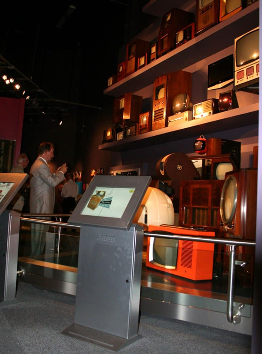 1930s-TV-section-of-exhibit-at-national-science-amd-media-museum-bradford