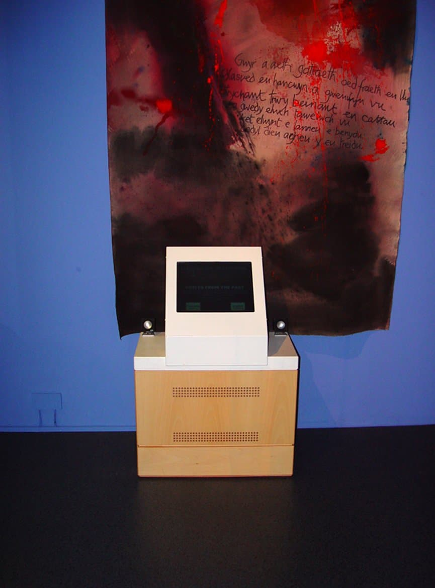 Mini-LCD-Screen-Kiosk-at-National-Museum-Wales 2