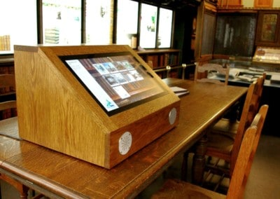 Lightbox 2 & Multi Touch Kiosk – Inglis Memorial Hall Library