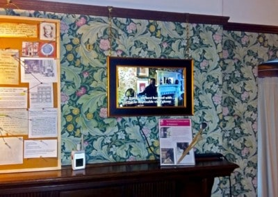 "15"" & 22"" Open Frame Video Screen – Wightwick Manor & Gardens"