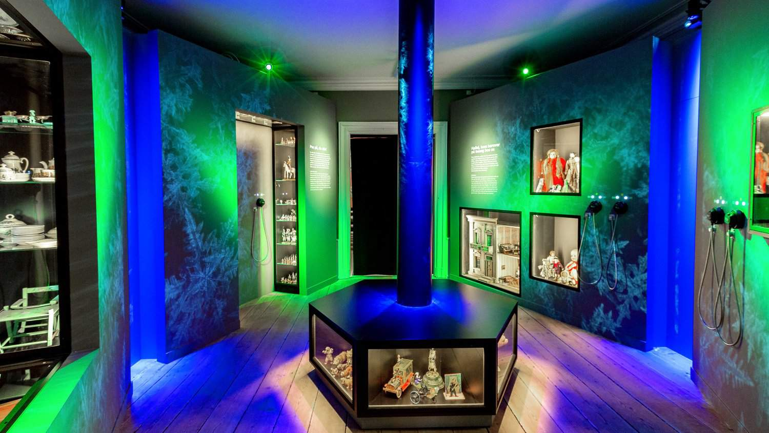 Roskilde Museum Installation with Blackbox-av AutoPlay Single Cup Headphones